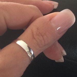 * Silver Band Thumb/Finger Ring Solid 925 Sterling